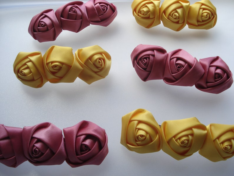 FROM 99P PER PACK 50 RIBBON ROSES 10 DIFFERENT STYLES