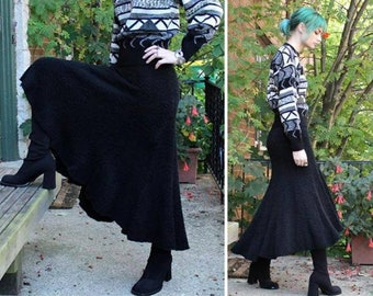 Boho Hi-Lo Tea Length Skirt 90s Vintage LADDHAVAN SUTANA Designer Fashions SWEATER Nubby Knit Black Seasonal High Waist Woman's Small Skirts