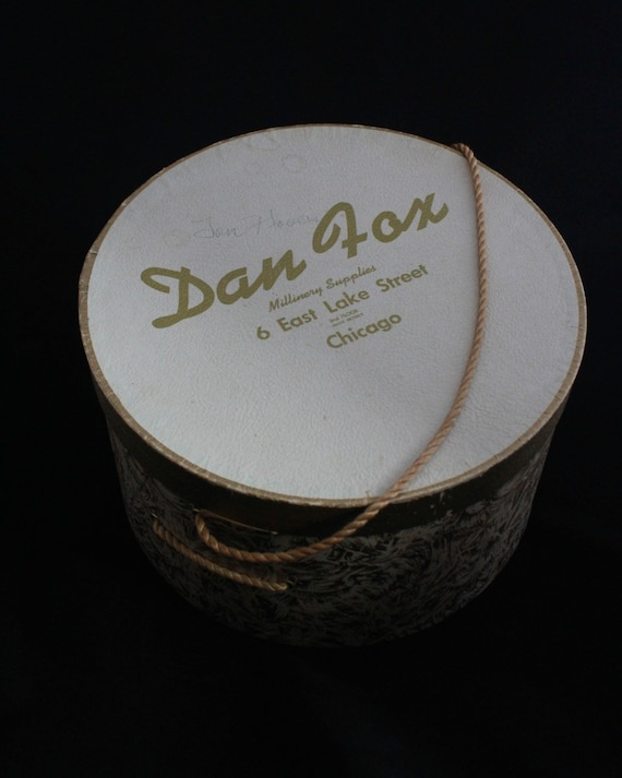 Woman s HAT BOX Vintage Golden Paint Swirls Dan  b637f5e2b003