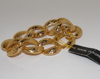 Vintage Chunky Gold Chain Link Bracelet
