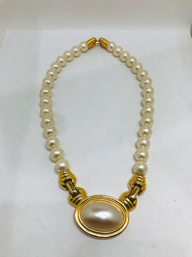 Vintage Napier pearl necklace