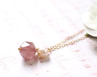 Strawberry Quartz x Pearl Necklace // Gem Stone Pendant // 14K Gold-filled // Romantic & Sweet