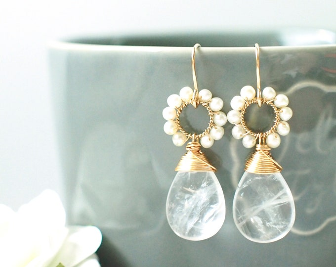 Clear White Quartz x Fresh Water Pearls Earrings // 14K Gold-filled // Wire-wrapped // Precious & Elegant