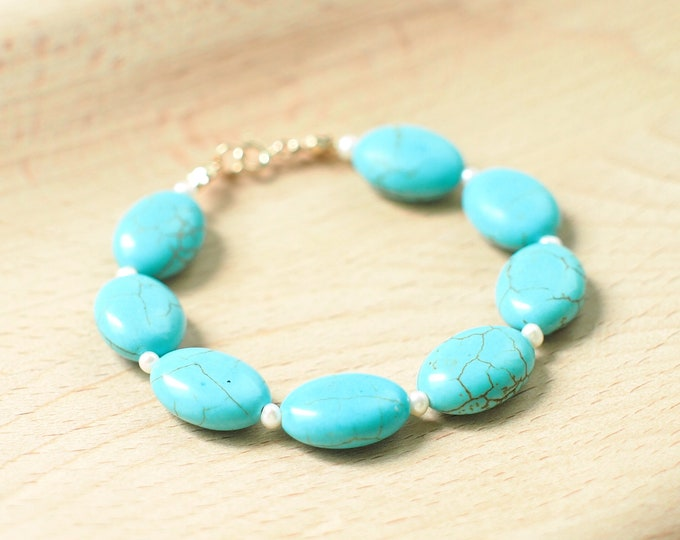 Turquoise x Pearls Bracelet // Chic & Layback // Mediterranean // 14K Gold-filled // Stackable