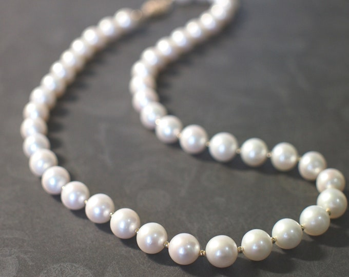 Fresh Water Pearl Necklace // Beautiful Lustre // 14K Gold-filled // Luxurious & Timeless