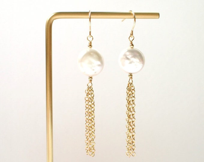 Coin Pearl Earrings // Dangling Chains // Elegant & Sweet // 14K Gold-filled // Chic Earrings