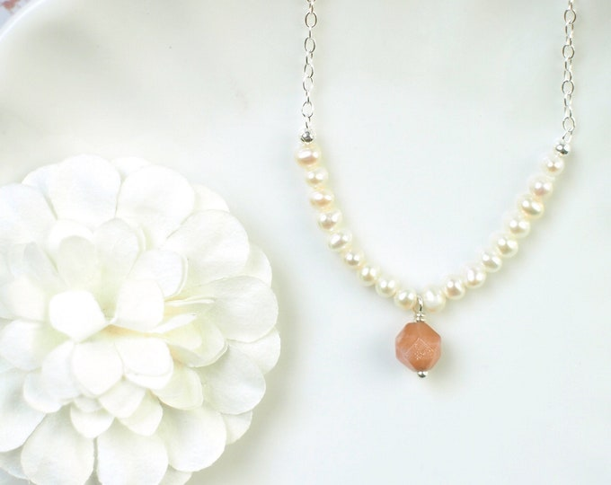 Sunstones x Pearls Necklace // Gem Stone Pendant // 925 Sterling Silver // Sweet & Feminine
