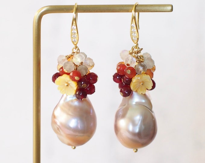 Rainbow Baroque Pearl Earrings // Gems Cluster // Flameball Pearls // Agate x Labradorite x Moonstone // 14K Gold-filled // Feminine and Fun