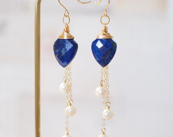 Lapis Lazuli x Pearls Earrings // Dangling Style // 14K Gold-filled // Wire-wrapped // Sassy & Chic