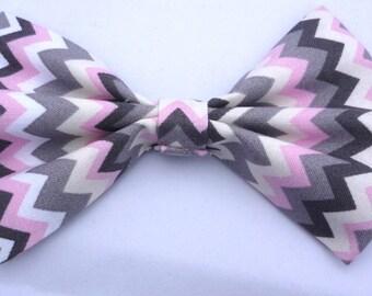 e9ef77e20e79 Fabric dog bowtie- handmade bow tie- pink zigzag bow tie- pink bow tie-  pink aztec bow tie- dog bowtie- doggie bowtie
