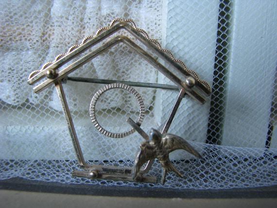 Vintage Birdhouse Brooch, Vintage Sweetheart Broo… - image 4