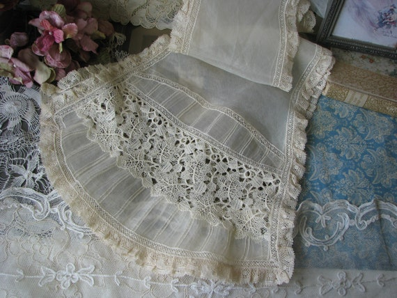 Antique Lace Scarf, Victorian Lace Scarf, Cream Co