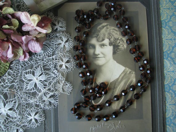 1920's Faceted Amber Glass Flapper Beaded Necklace