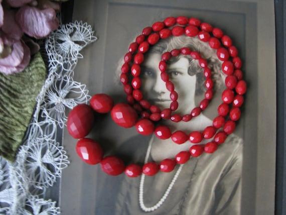 RARE Cherry Red Bakelite Necklace, Art Deco Bead N