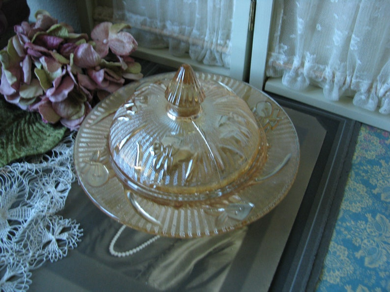 Marigold Iris Herringbone Pattern Carnival Glass Butter Dish 1930/'s Carnival Glass Jeanette Glass Butter Dish Vintage Jeannette Glass