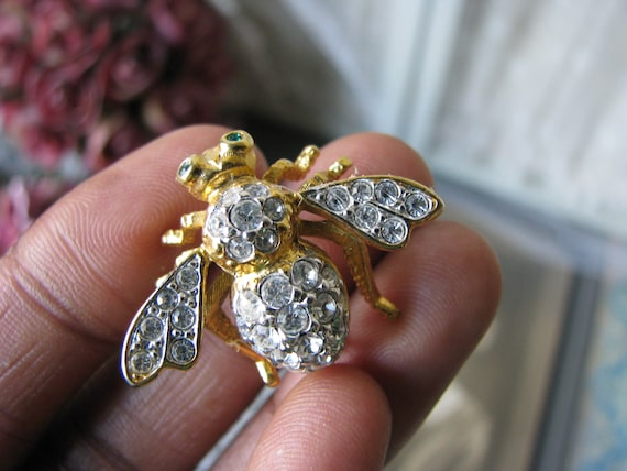 Joan Rivers Bee Brooch, Vintage Bee Brooch, Vintag