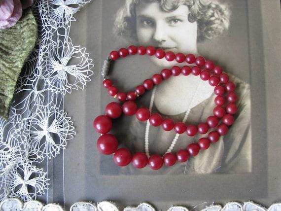 Art Deco Celluloid Necklace, 1930's Celluloid Bea… - image 1
