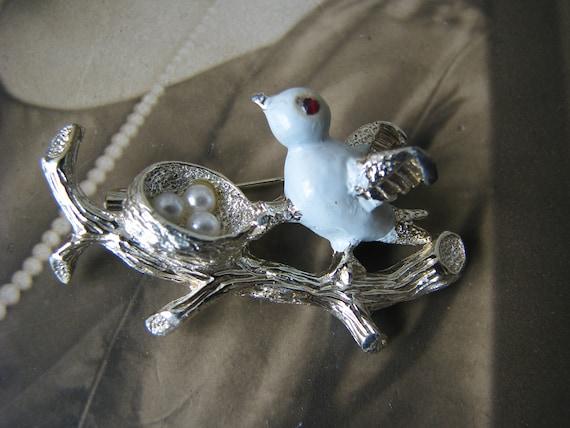 Vintage Bird Brooch, Bird Nest Brooch, Vintage Ge… - image 5