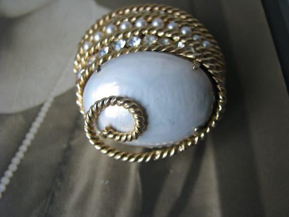 Vintage Corocraft Brooch, Vintage Pearl Brooch, V… - image 6