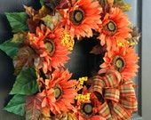 Sunflowers Fall wreath, Fall wreaths for front door, front door wreaths, orange brown berry wreaths, Thanksgiving wreaths, outdoor