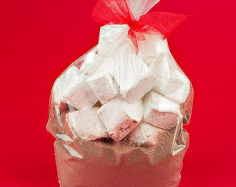 Gourmet Hot Cocoa Mix with Homemade Marshmallows (4pcs)