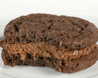 Big Chocolate Sandwich Cookies (4)