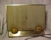 c1960s Zenith Filter Tenna Model F615L Tube Radio, Works Good, Mid Century Modern Decor, Antique Tube Radio, Gift Idea