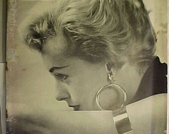 November 24, 1952 LIFE Magazine with Tippi Hedren on the Cover has 160 pages of ads and articles