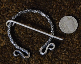 Twisted Stainless Penannular Brooch / Blanket Pin with Dragon Head Terminals