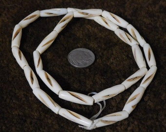 White Carved Bone Hairpipe Beads, 1in (25pc)