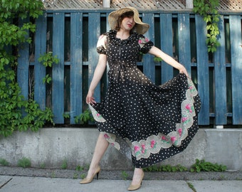 64cad2904a4 POLKA-DOT ROSE Vintage 1940's Romantic Cotton Hostess Gown with Full Swing  Skirt Puff Sleeves, Zip Front