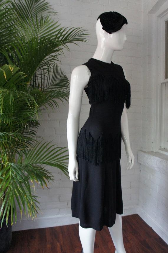 DECO WIGGLE FRINGE Vintage 1930's Fringed Black Mo