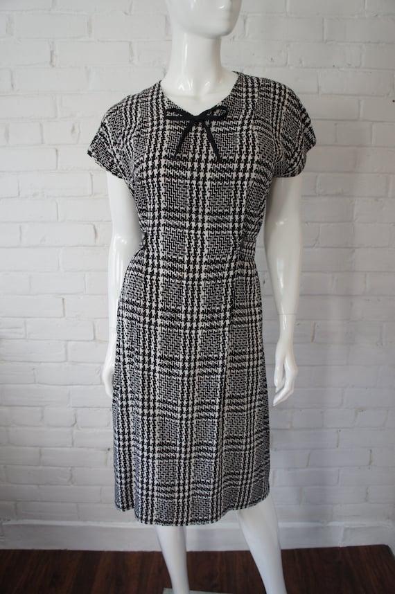 Chestnut Hill 1940s1950s Short Sleeve Yellow /& Brown Plaid Print Taffeta Dress