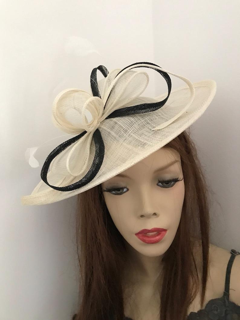 833ebc165e7e3 Hatinator Fascinator Hat ivory Cream Black Saucer headpiece | Etsy