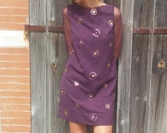 Straight dress / purple / tulle sleeves / sequins medallions.02917