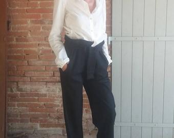 5223a08ef1830e Pantaloni a gamba larga / regolabile / confortevole / a righe in lana nera.  04516