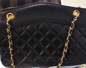Vintage 1980s CHANEL Quilted Lambskin Tote Shoulder Crossbody Bag Handbag Purse