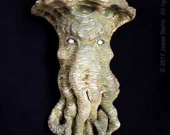 Surreal H.P. Lovecraft inspired ceramic Cthulhu Wall Sconce