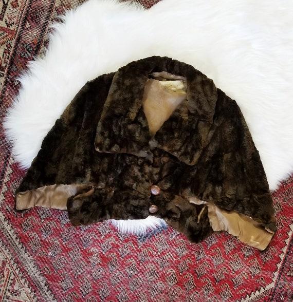 Antique 1920s/30s Faux Fur Cape / as is