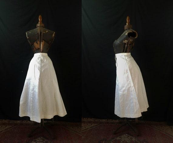 Antique 1900s Edwardian Era Embroidered Skirt / s… - image 2