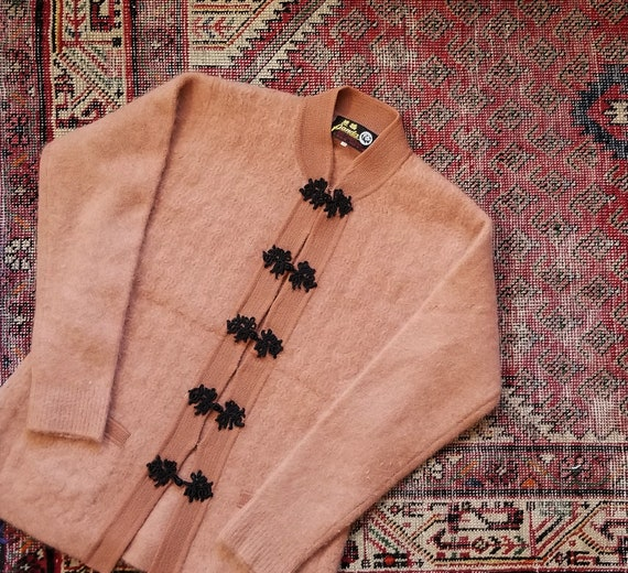 Vtg 50s 60s Chinese Mohair Sweater / size M