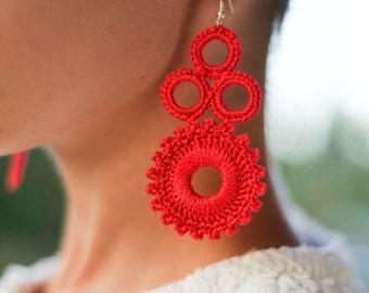 Orecchini rossi, Idea regalo per donna, orecchini pendenti all'uncinetto, regalo sotto i 15 anni, regalo per lei, orecchini per lampadari