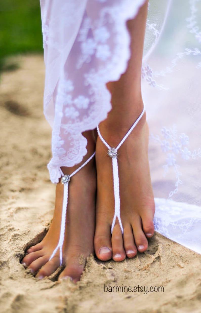 7af98679e92830 Bridal Foot jewelry Rhinestone Beach wedding White Crochet