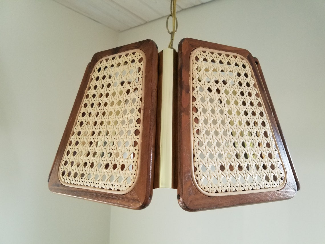 Vintage wicker and wood swag light, new old stock, in original box, looks to have never been used - Eclairage