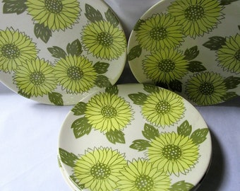 Sunshine sunflower plates, sunflower dinner plates, by Royal China, made in USA, set of 6, Sunflower dinner plates
