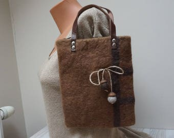 Brown Felted bag with acorn decor handbag purse pouch ipad tablet case sleeve Wool ooak tote envelope messenger rectangle leather top handle