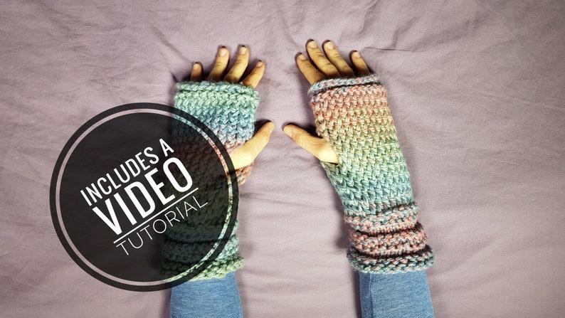 Loom Knit Fingerless Gloves / Fingerless Mitts Pattern  Video image 0