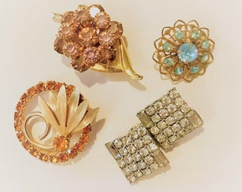 All That Glitters Vintage Costume Jewelry Brooches Earrings