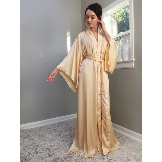611be30873 Jour D or. Floor length satin vintage champagne gold robe