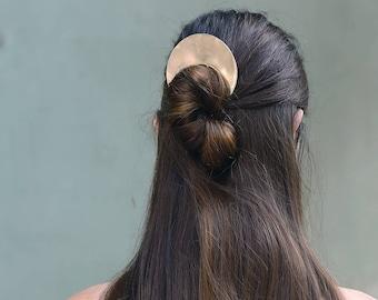 Cosmos hair pin